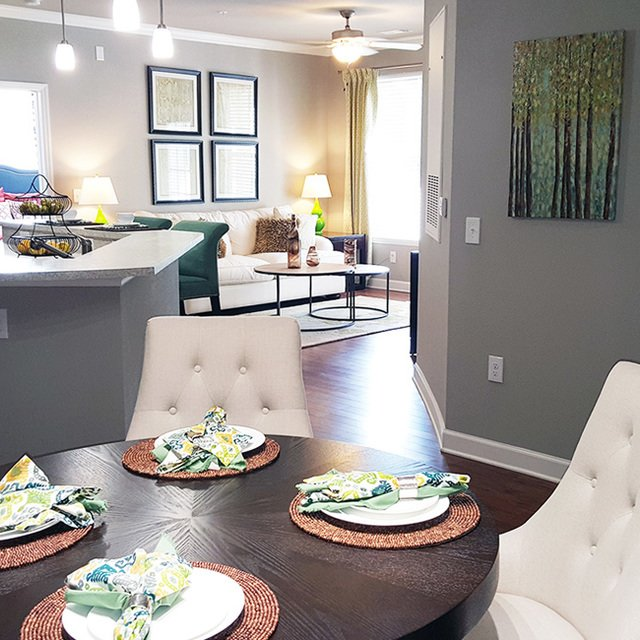 fort mill chat rooms Guest rooms at the courtyard charlotte fort mill sc offer sleek furnishings with premium bedding, 48-inch tv's, ample work space and a sitting area free wi-fi is included, of course.